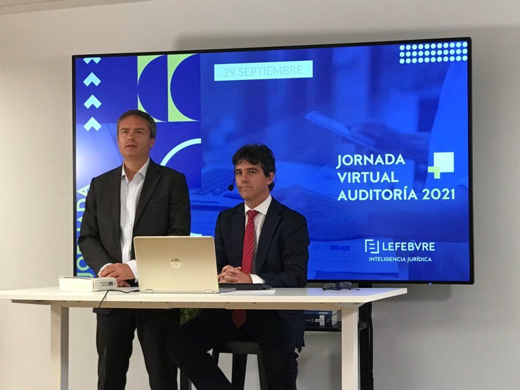 Foto de Karolo Dentici, jefe de producto de Lefebvre, y Julio Sainz,